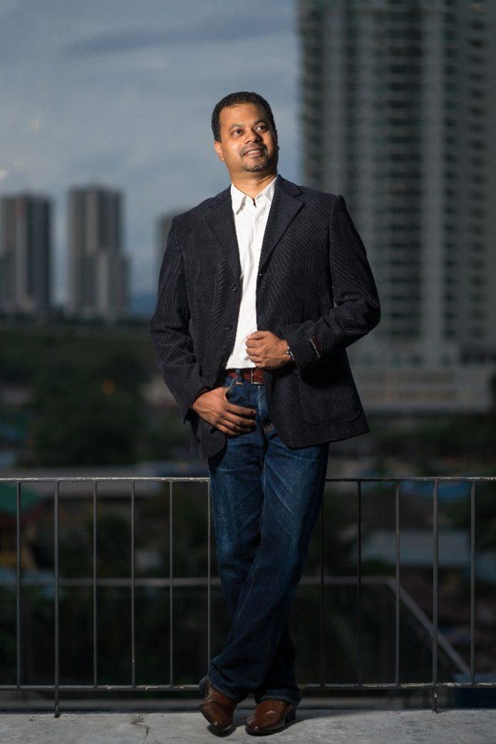 Ramesh Balakrishnan, iResidenz