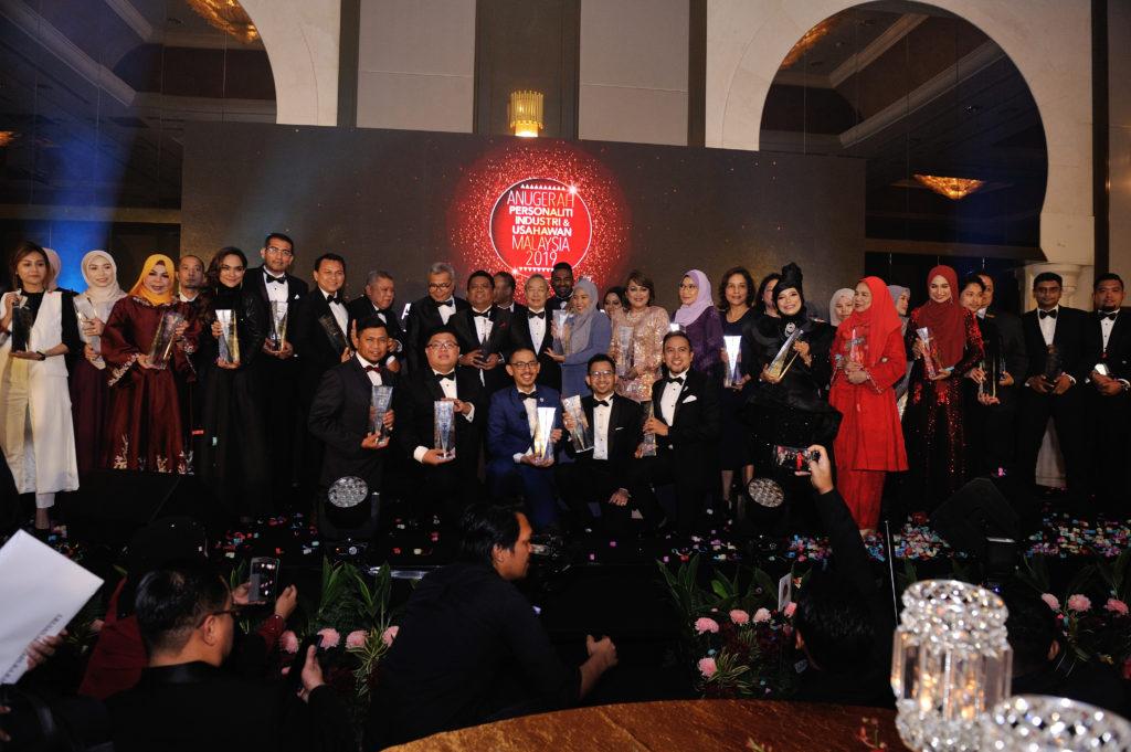 Tahniah diucapkan kepada penerima-penerima Anugerah Personaliti Industri dan Usahawan Malaysia 2019!